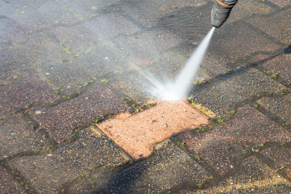 High pressure deep cleaning driveway washer
